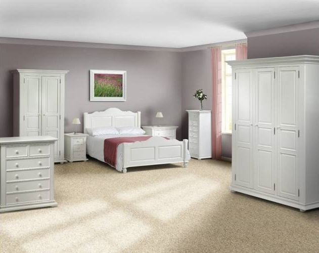 Purchase A Traditional Pine Bedroom Furniture In A Choice Of Finishes